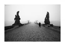 fotografie Road to nowhere, Charles bridge