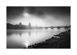 fotografie Sun over Charles Bridge